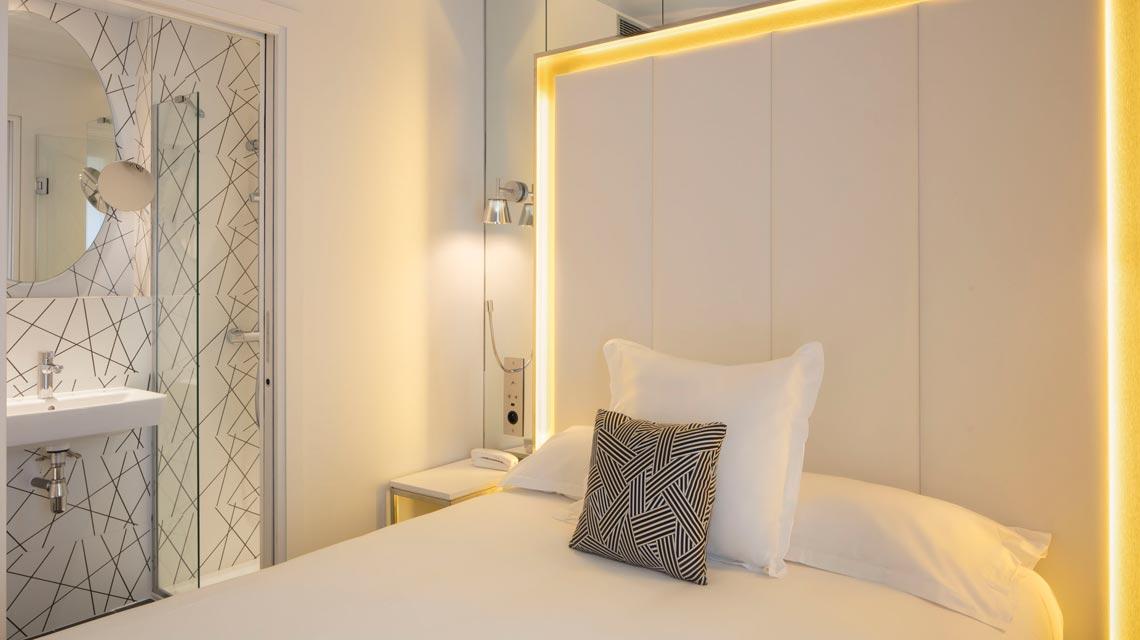 Chambres r nov es cosy nouvel hotel eiffel 3 toiles - Reserver une chambre d hotel pour une apres midi ...